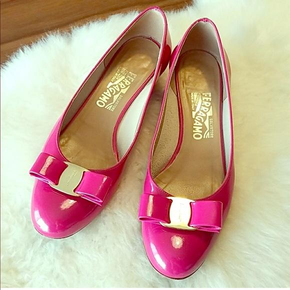 0c41f1973c1 Ferragamo Vara Heels in Hot Fuchsia Pink Patent